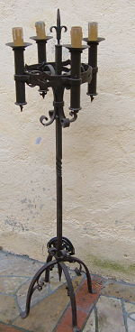 Lampadaire fer forgé style gothique Image