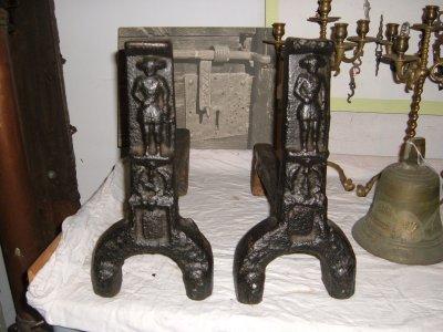 Chenets époque gothique Image