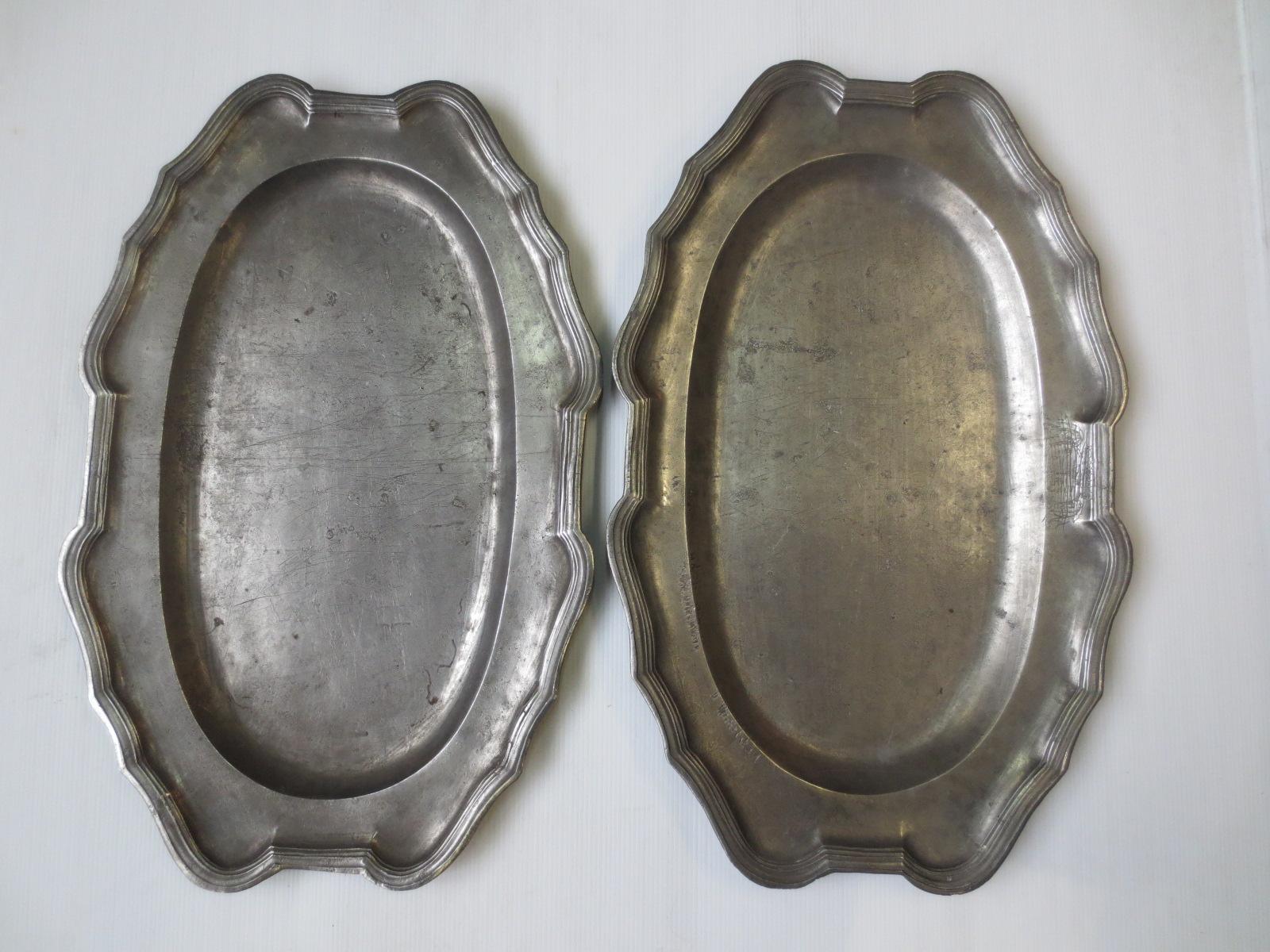 Ensemble de deux grands plats en étain XVIIIè Image